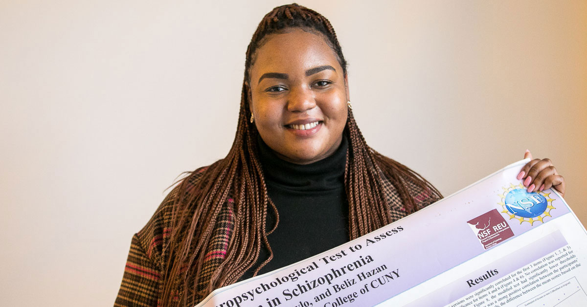 Psychology Major Wins Award at Annual Biomedical Research Conference for Minority Students